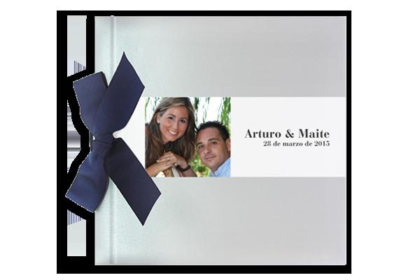 libro-de-firmas-plata-brillo-con-lazo-invitaciones-boda-detiketa