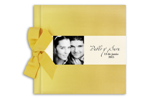 libro-firmas-oro-brillo-con-lazo-invitaciones-boda-detiketa