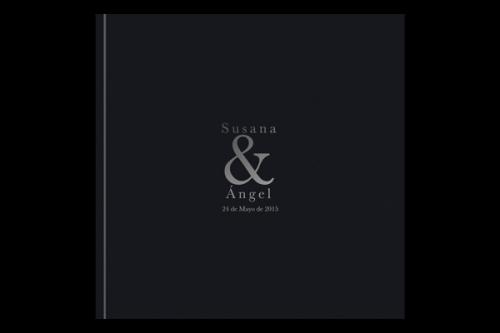 libro-firmas-negro-invitaciones-boda-detiketa
